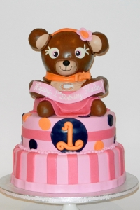elysia-root-cakes-chicago-bears-girls-birthday-cake