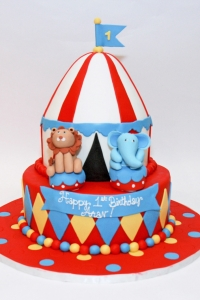 elysia-root-cakes-chicago-circus-tent-birthday-cake