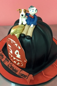elysia-root-cakes-chicago-fireman-hat-birthday-cake