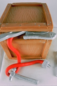 elysia-root-cakes-chicago-toolbox-tools-cake