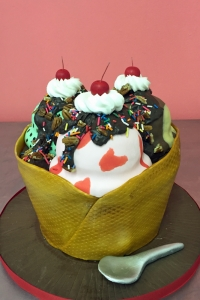 elysia-root-cakes-ice-cream-sundae-birthday-cake