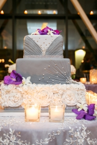 elysia-root-cakes-grey-white-square-wedding-cake