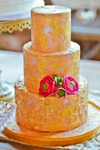 elysia-root-cakes-chicago-gold-blush-cake