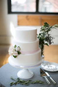 elysia-root-cakes-chicago-white-pink-cake