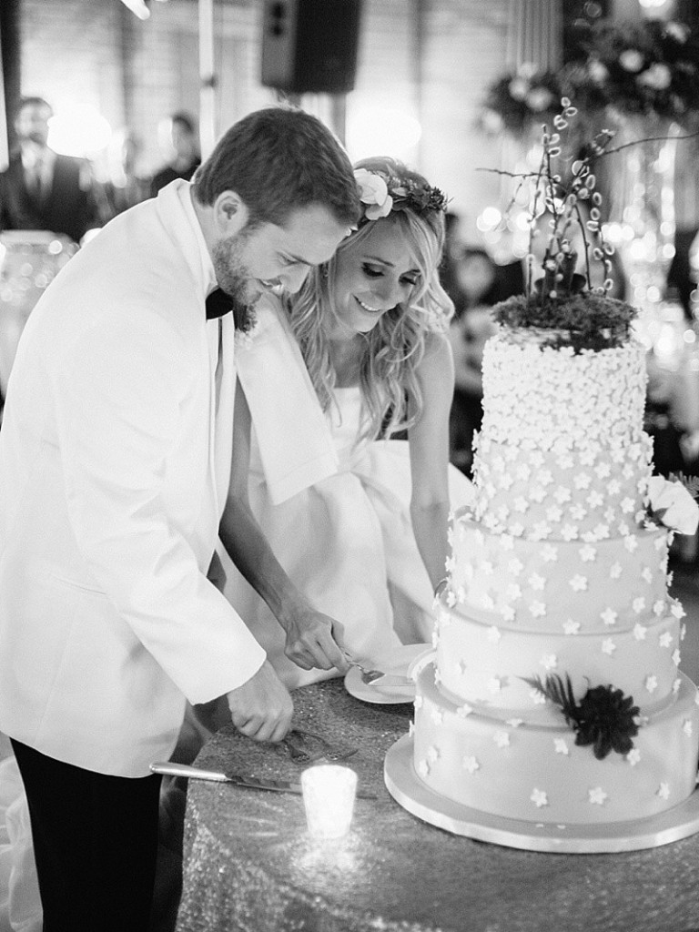 Elysia-Root-Cakes-Best-Wedding-Cakes-Chicago_0670-768x1024
